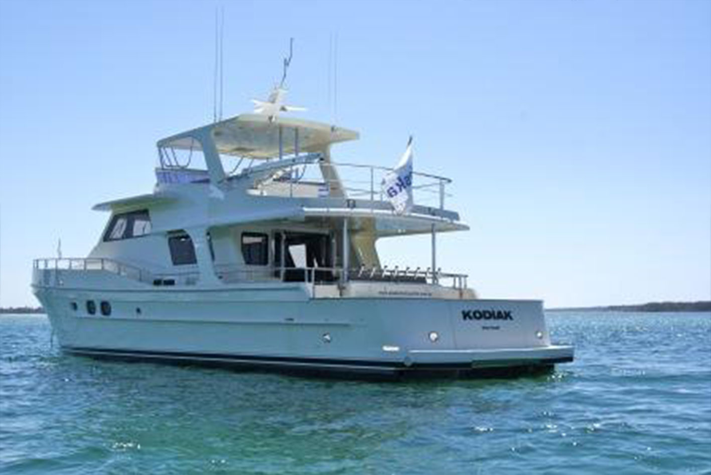Alaska-65-pilothouse-01
