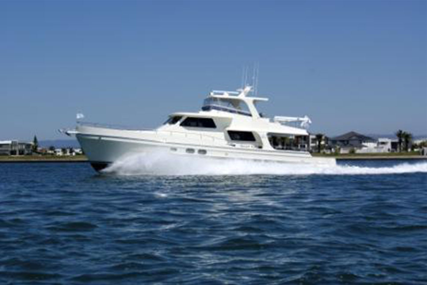 Alaska-65-pilothouse-04