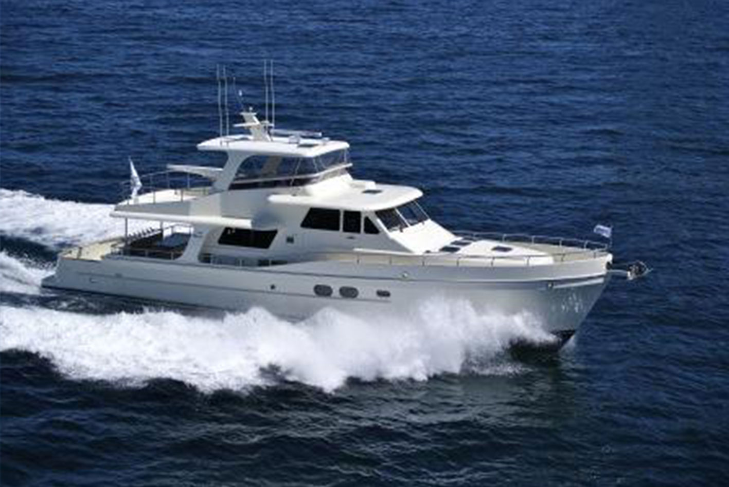 Alaska-65-pilothouse-06
