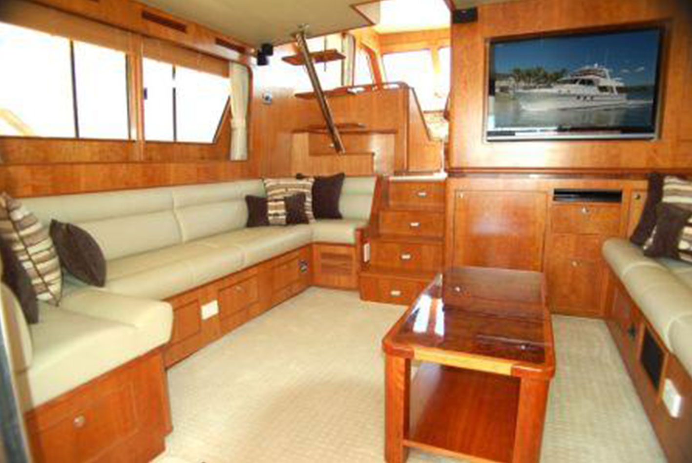 Alaska-65-pilothouse-11