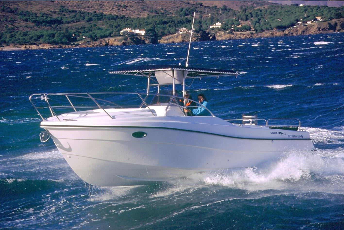 Quer-32-Fisch-Cuddy-01